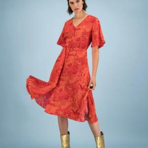 "Rotes Sommerkleid von POM Amsterdam mit ""Full of Luck""-Print"