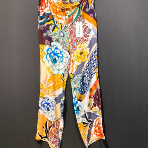 GRACE Damenhose Boho Design Blumenmuster