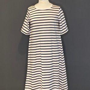 DRYKORN Kleid im Sailing Style ein Hauch von Jersey